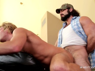 Next Door Buddies Bear Jaxton Wheeler Fucking Morgan Shades to Pieces